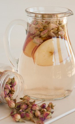 rosy apple tisane