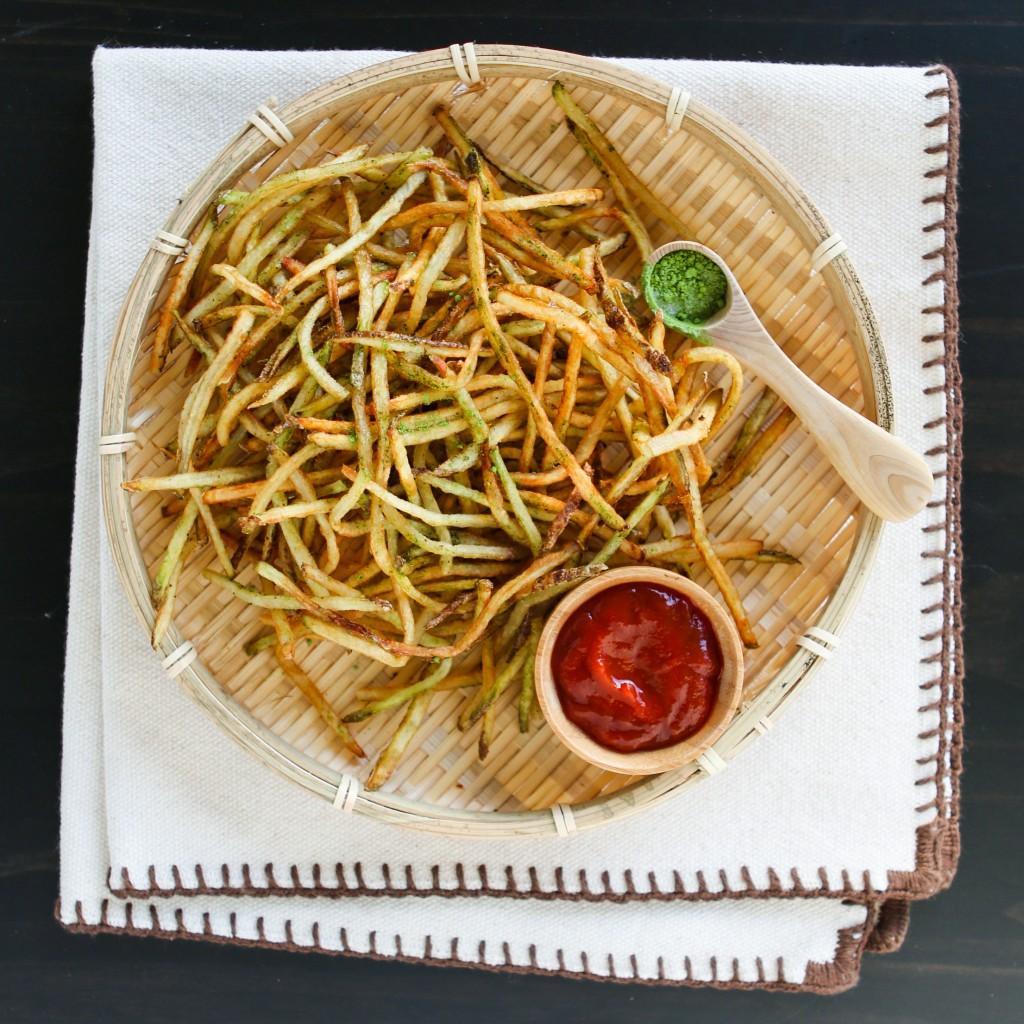 matcha fries w napki