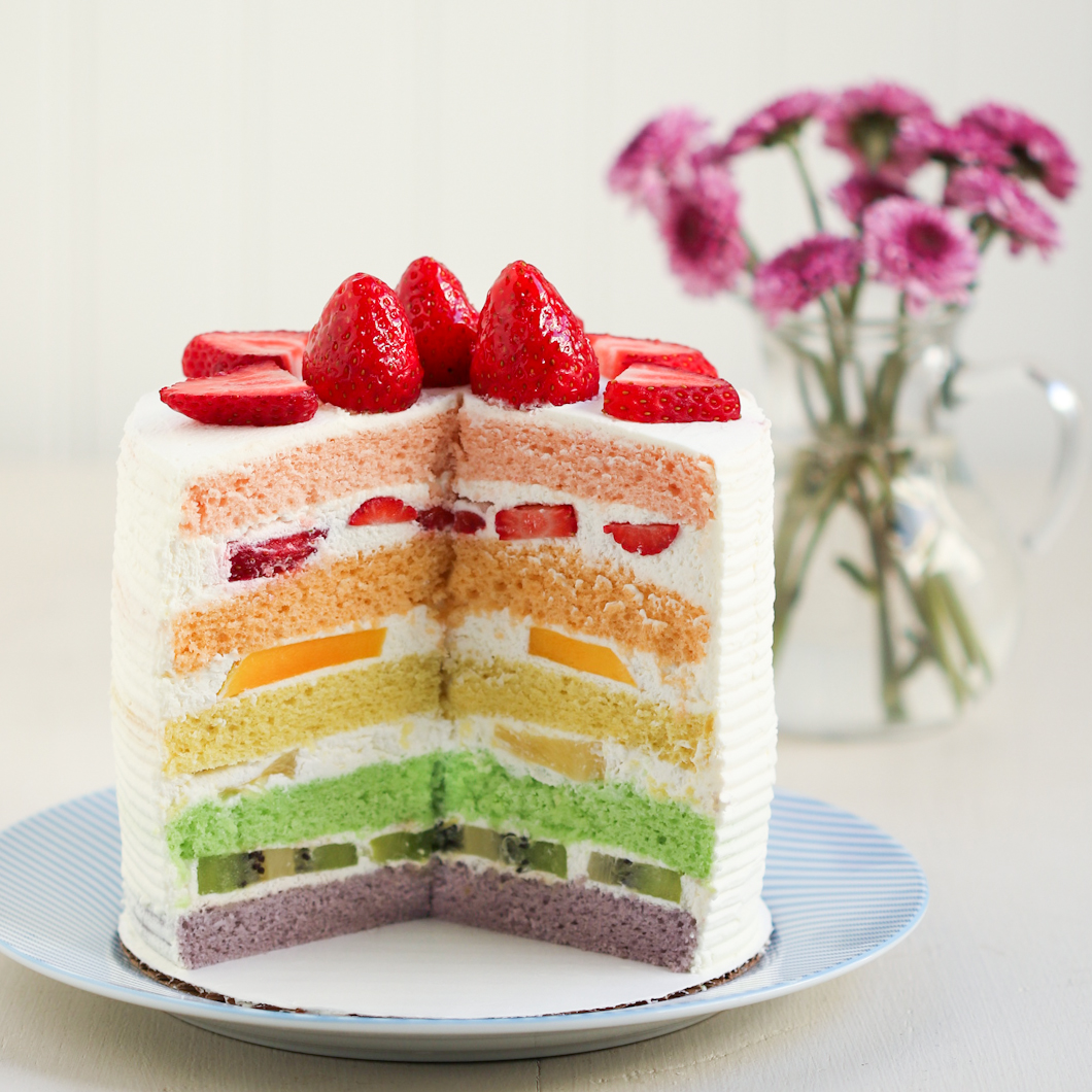 Cake With Fruit Layers : Thirsty For Tea Chinese Bakery Rainbow Cake