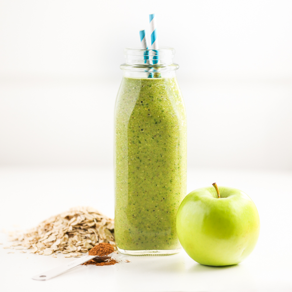 Green Apple Pie Smoothie | Thirsty For Tea